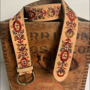 Lucky Brand Belt Hobo Leather Embroidered  Size M